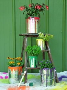 What To Do With Old Paint Cans 4