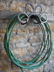 What To Do With Old Horseshoes 13